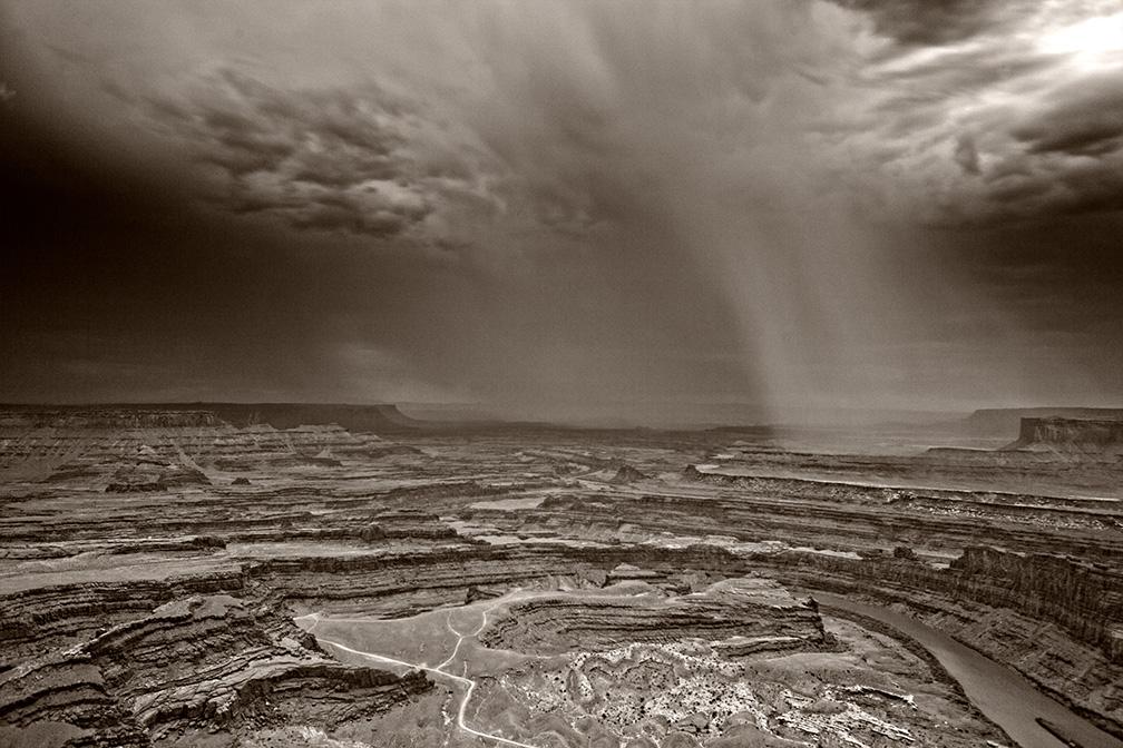 DAS-258-B-Impending-Canyon-Storm-30x20-
