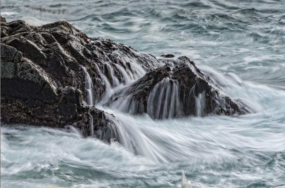 DAS-291A-Ocean-Rocks-Motion-Blur-1-26x17